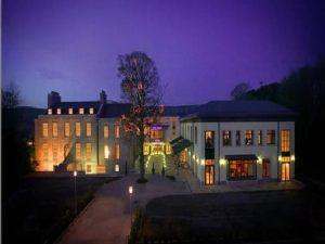 oriel house hotel evening